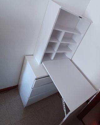 Mesa- escritorio plegable y colgante blanca
