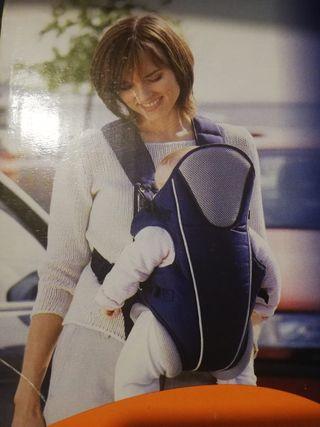 Mochila porta bebés NUEVA, homologada.