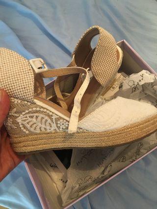 Zapatos blancos novia un solo uso