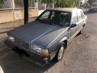 Volvo 760 GLE 1985 para restaurar