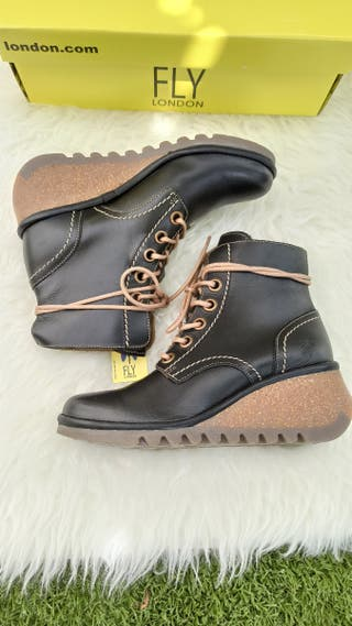 Botas Fly London T.39