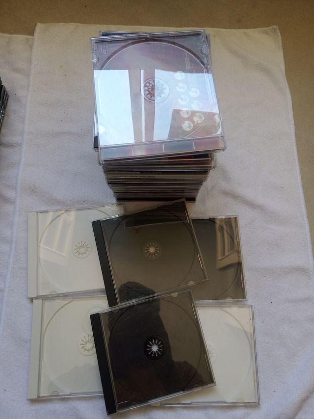 25 Cajas CD - DVD - Blueray vacias