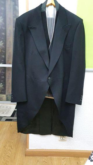 Frac de hombre Emidio Tucci Negro.