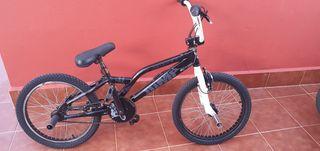 BICICLETA BMX MONTY FREESTYLE