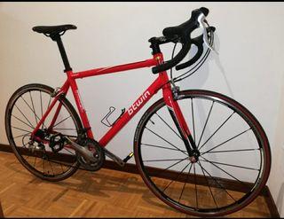 Bicicleta de carretera de BTWIN DE ALUMINIO