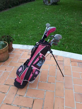 palos de golf niña
