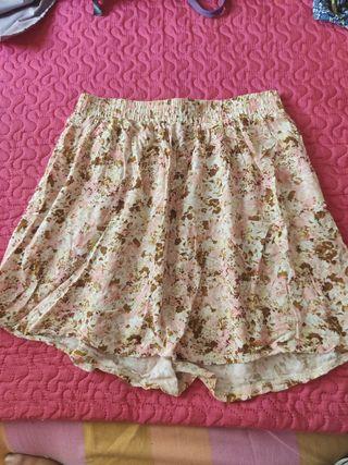 Falda corta flores goma