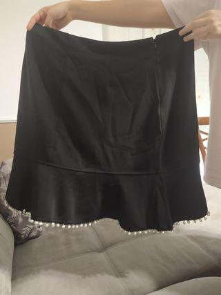 Falda negra 2XL