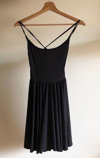 Vestido negro corto elástico tirantes Asos