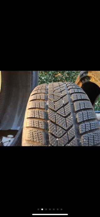 Neumático pirelli 225/45/18 Winter