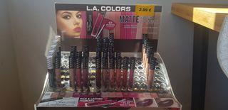 Maquillaje. Lip Liner mate L.A.COLORS.