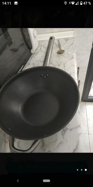 Sartén wok nueva,grande