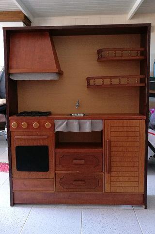 Cocina grande de juguete de madera estilo rústico