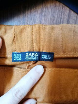 falda Zara tubo color amarillo mostaza oscuro /mar