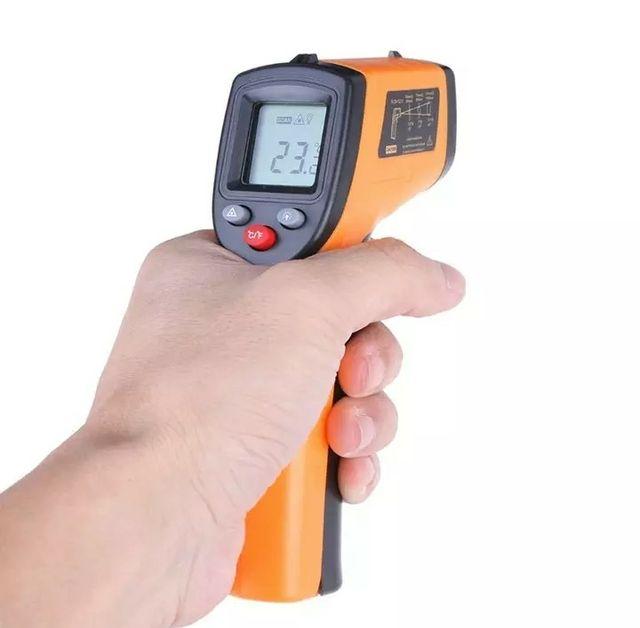 Pistola termómetro infrarrojo