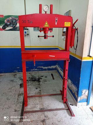 prensa idraulica de gran tamaño!