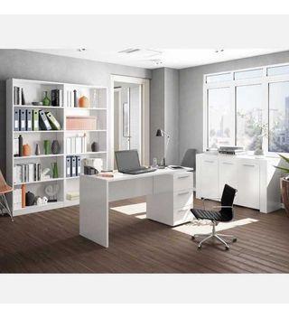 despacho blanco 2 estanterias 1 mesa 1 armario