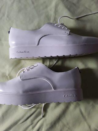 Calvin Klein zapatos Ibicencos 41