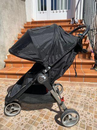 Baby Jogger city mini.
