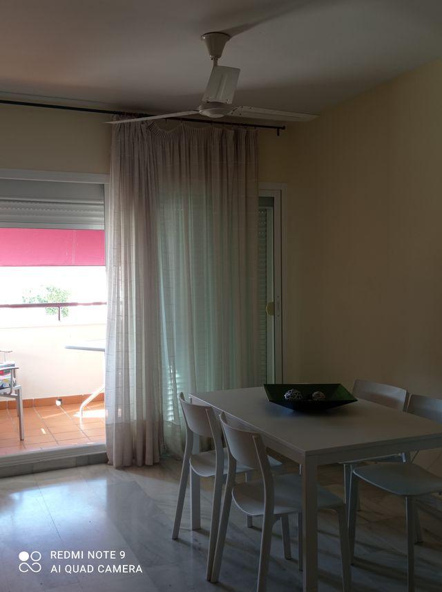 Alquiler larga temporada piso 3 dormitorios (Caleta de Vélez, Málaga)