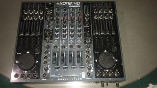Mesa mezclas XONE 4D