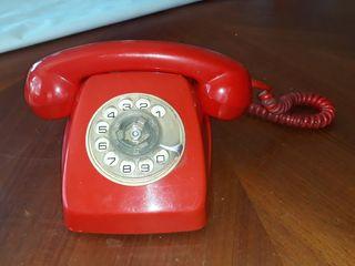 Teléfono antiguo baquelita rojo