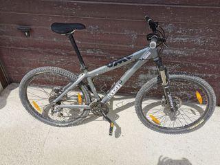 bicicleta VTT marca UFM MEDIANA