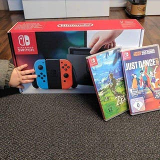 Nintendo Switch 32 GB neon blue and red