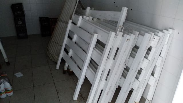 Vallas de madera seminuevas, poco uso (V-30)