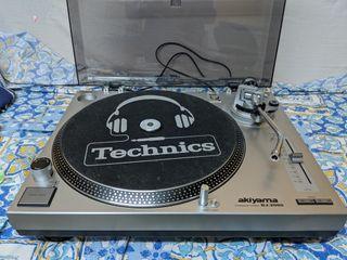 Platos Akiyama DJ-2000