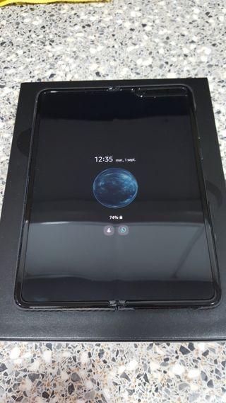 Samsung Galaxy Fold + Buds+