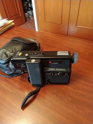 cámara de vídeo antigua