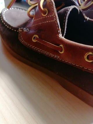 zapato moccasin piel. 33. Tizza corte inglés