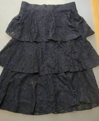 falda negra azulada