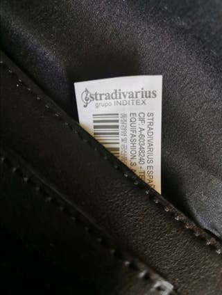 Bolso negro Stradivarius