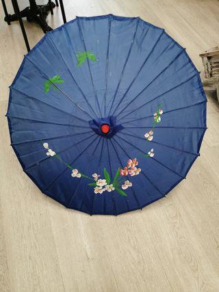sombrilla japonesa, pintada a mano