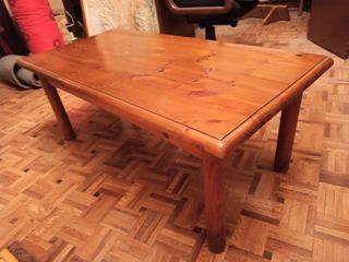 Bonita mesa centro de madera de pino