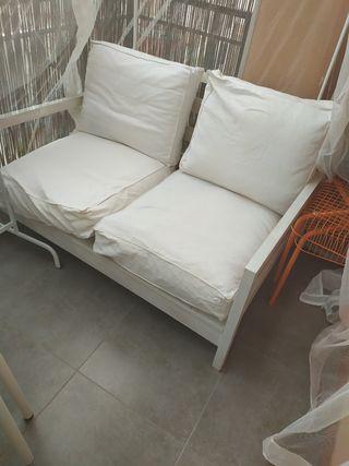 sofa Ikea exterior