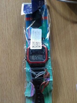 Reloj digital de pulsera nuevo