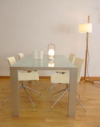 Mesa minimalista Deneb de Stua Interior y exterior