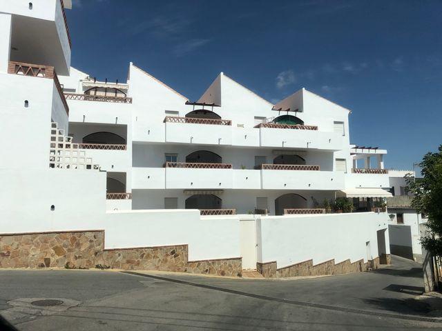 Piso en venta AMUEBLADO (Alozaina, Málaga)