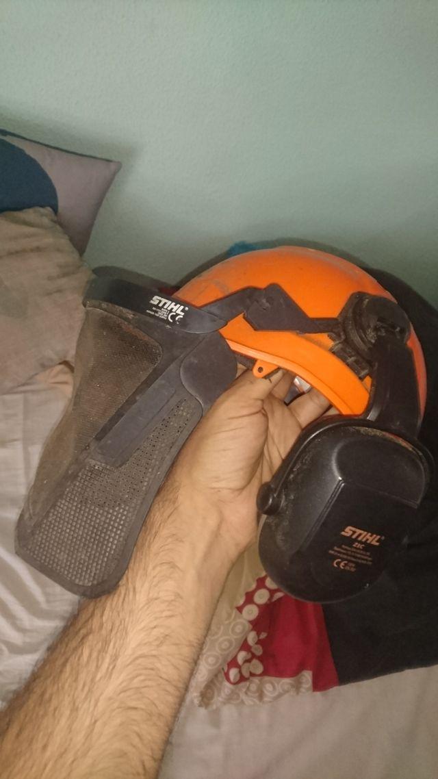 pantalón anticorte NUEVO + casco con pantalla