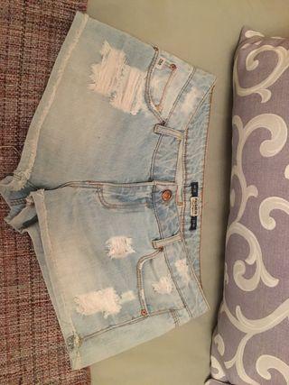 Lote 4 Pantalones cortos niña