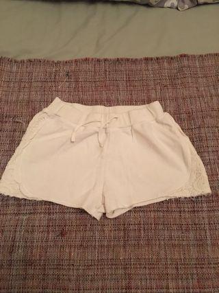 Lote 3 Pantalones cortos niña