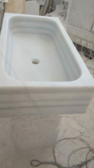 se vende fregadero mármol blanco macael