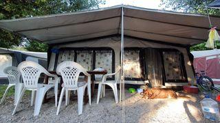 Vendo caravana 6 plazas en camping montaña