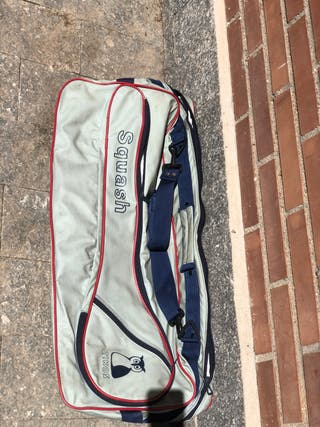 Raqueta y bolsa squash