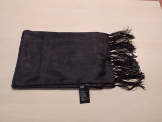 Bufanda/pañuelo raso H&m nuevo