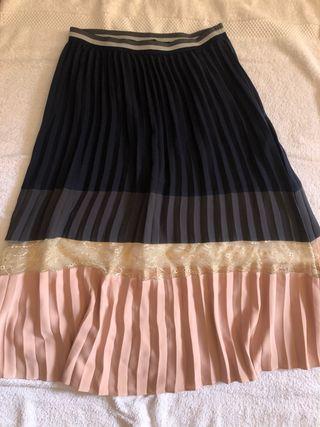 Falda midi