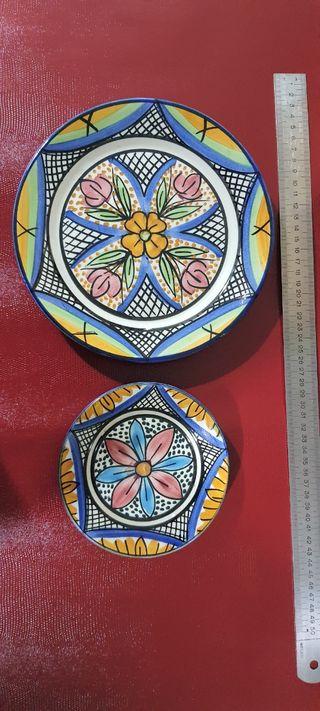 Platos decorativos. M. Valero Talavera